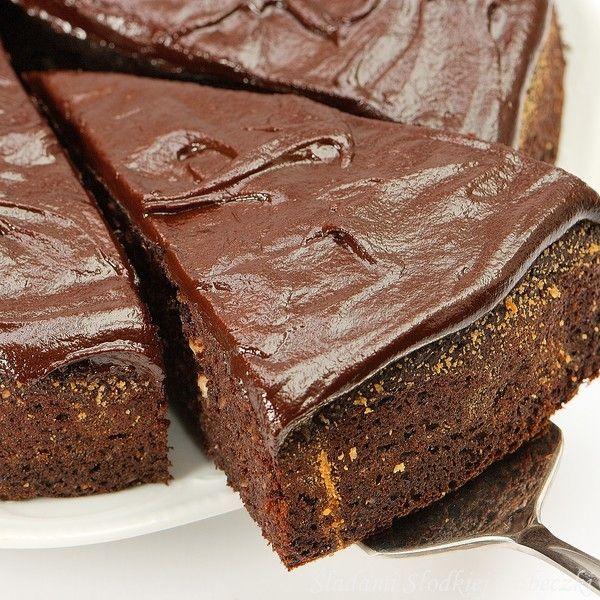 Ciasto czekoladowo – orzechowe